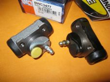 RENAULT 21 (91-95) NEW PAIR of REAR BRAKE WHEEL CYLINDERS - BWC3477,C414